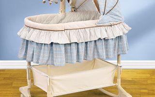 Первая кроватка для малыша